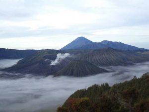 Wisata Mendaki Gunung Di Sekitar Malang Raya