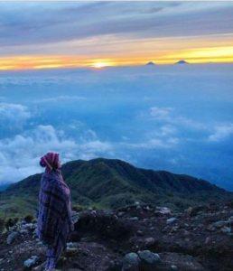 Keindahan Kampung Para Satria di Kaki Gunung Slamet